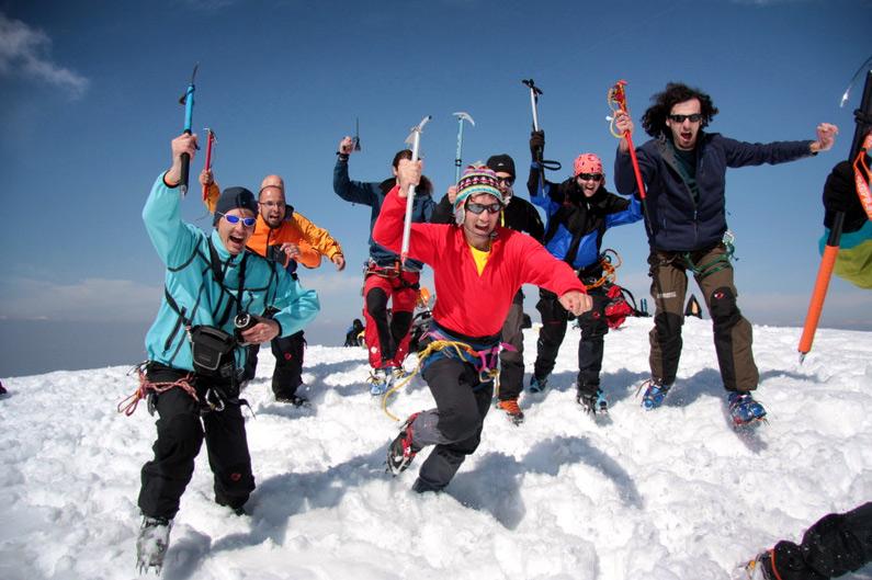 cu-alpinistii-nu-te-joci