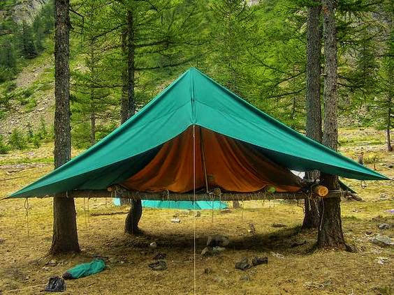 adapost-improvizat-din-tenda